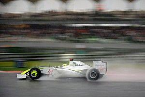 Ismét a Brawn BGP 001 volánja mögött Jenson Button