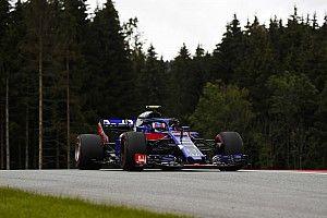 Gasly és a Honda örül, Hartley nem