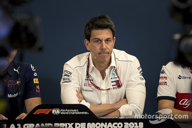 Wolff maakt zich zorgen over inkomstenstroom F1