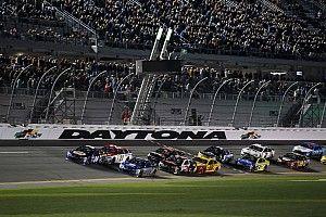 NASCAR announces 2017 start times, moving closer to primetime