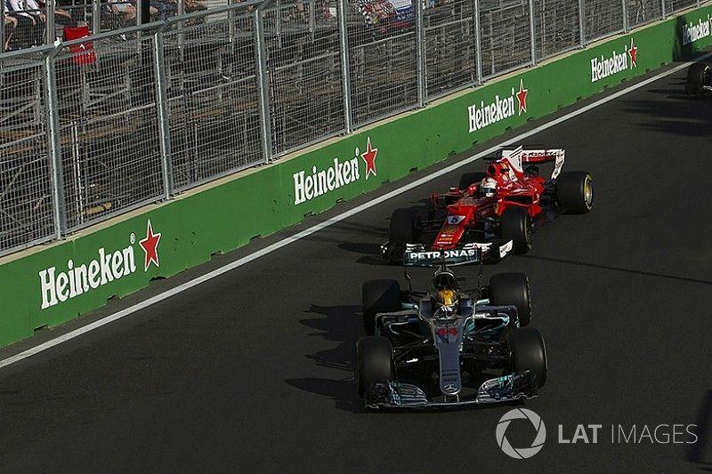 """Hamilton a Vettel: """"Si quiere demostrar que es un hombre que lo haga fuera del coche"""""""