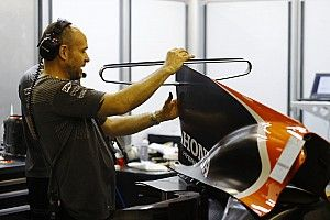 McLaren pasang konsep radikal sayap-T