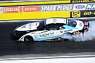 NHRA 17-yr-old rookie Gray conquers Vegas, along with Brown, Johnson