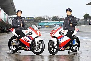 SRS-Motoは國井と中島がスカラシップ獲得、世界狙うライダーへ一歩
