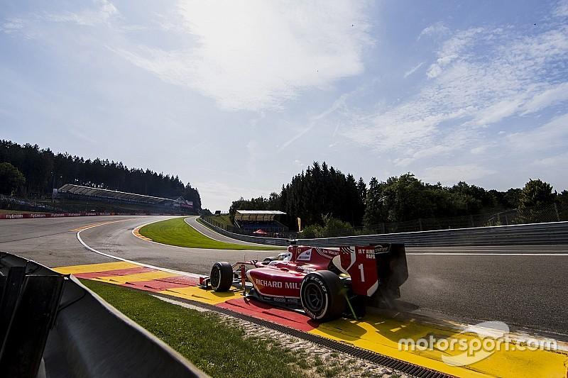Leclerc consigue la pole en Spa bajo lluvia