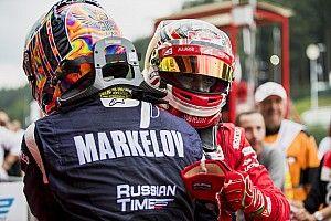 Leclerc e Rowland squalificati, Markelov eredita la vittoria in Gara 1