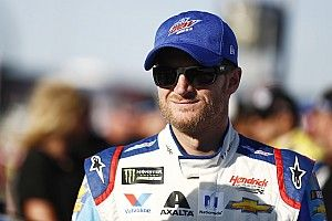 Earnhardt not shying away from concussion discussion