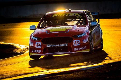McLaughlin forced to go 'old school' after shift problem