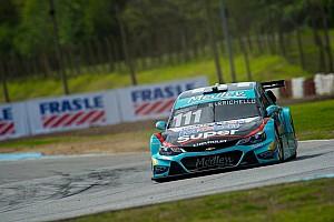Stock Car Brasil Relato da corrida Na estratégia, Barrichello vence 2ª prova na Argentina