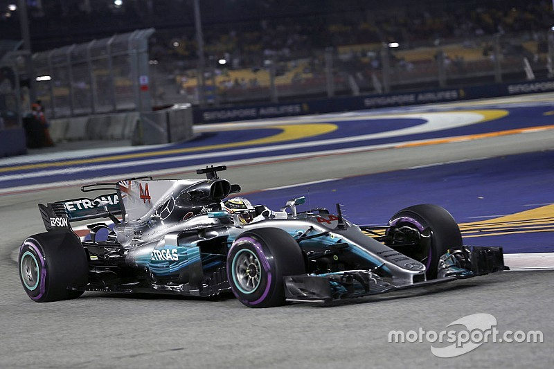 Hamilton tak mengira tertinggal jauh dari Ferrari