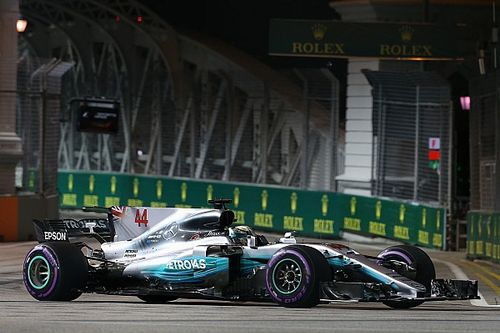 """Mercedes na Singapore-dip: """"Geen spijt van keuze voor lange wielbasis"""""""