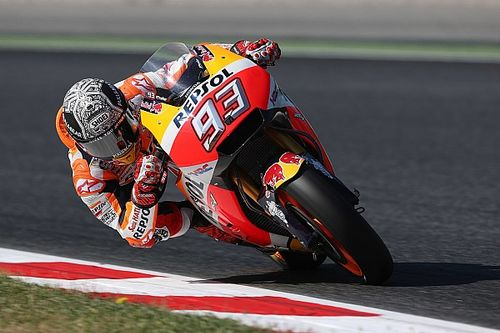 Barcelona MotoGP: Marquez leads Crutchlow in first practice