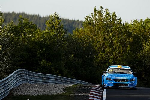 Nurburgring WTCC: Catsburg takes points lead with Race 2 win