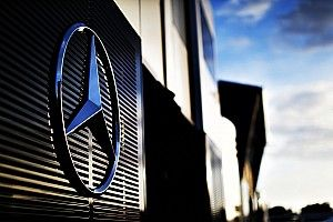 A Mercedesnek októberig el kell döntenie, hogy ügyfélként benevez-e a Formula E-be