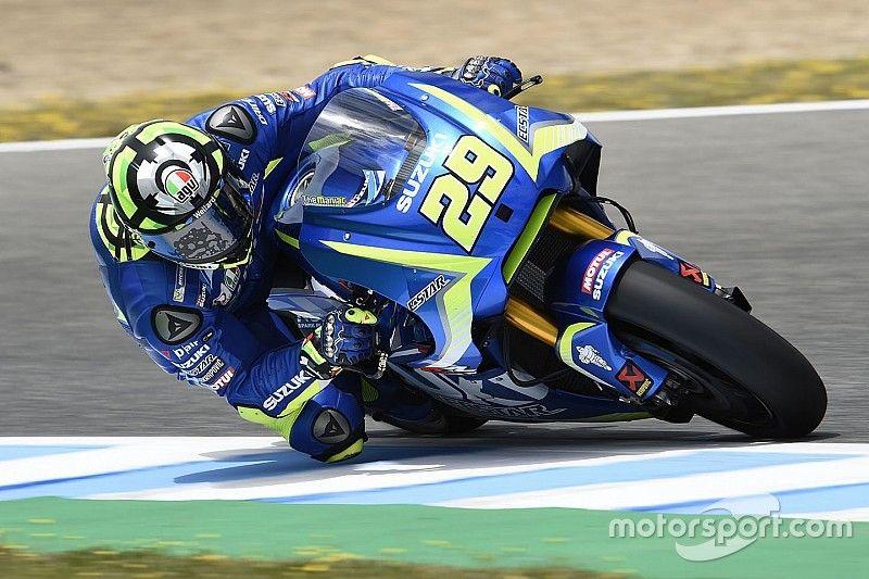 """Brivio: """"La Suzuki no es una moto tan mala como puede parecer"""""""
