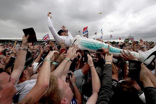 "Hamilton dolgelukkig: ""Een perfect weekend"""