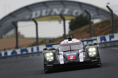 Porsche leads morning session of official Le Mans test day