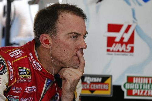 "Kevin Harvick ""disgusted"" with pit road issues"