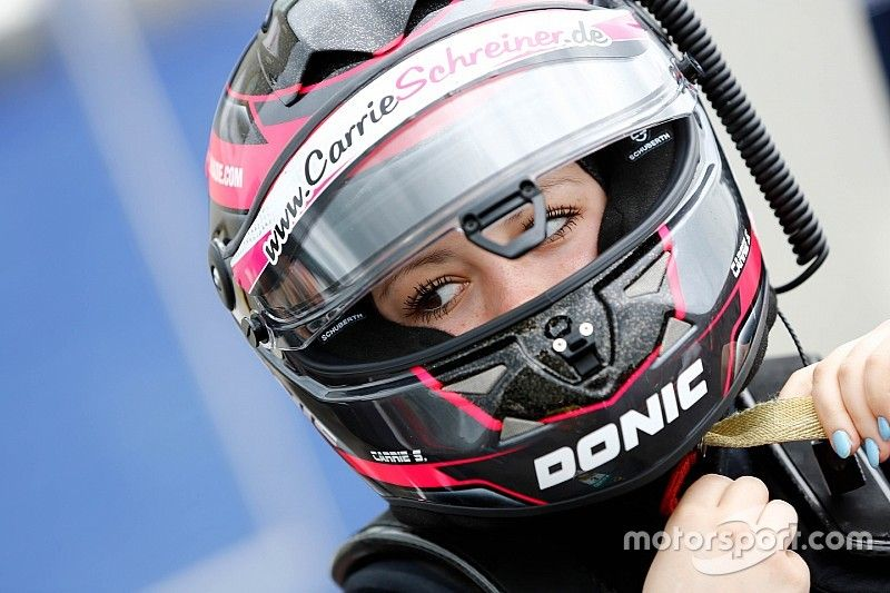 HWA anuncia a la sustituta de Sophia Floersch en los test de Fórmula E