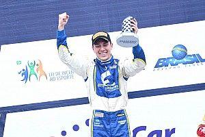 Edson Coelho vence corrida 1 do Turismo em Interlagos