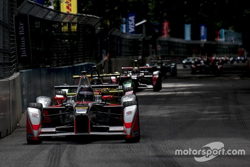 """London """"keen"""" on Formula E despite lack of progress"""