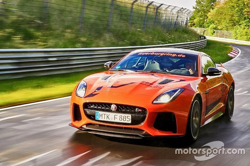 Dit is 'm dan: de Jaguar F-Type SVR Nürburgring Taxi