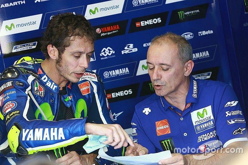Rossi splits with rider coach Cadalora