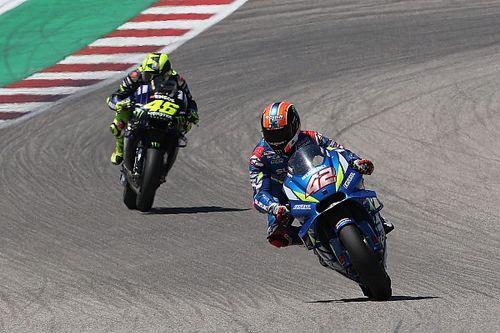 Rins verslaat Rossi voor eerste MotoGP-zege, COTA-koning Marquez crasht