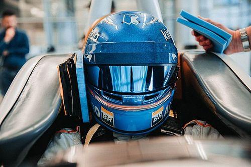 McLaren dévoile les images du moulage de baquet d'Alonso
