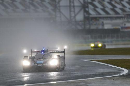 Alonso pidió que se parara la carrera en Daytona cuando iba 2º