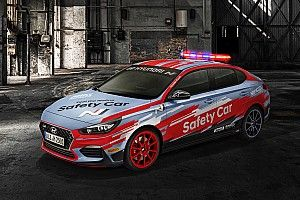 Hyundai i30 jadi Safety Car WorldSBK