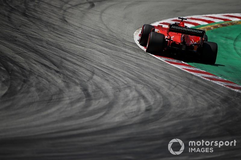 """Vettel houdt hoop: """"Misschien werkt gedurfde set-up in race"""""""