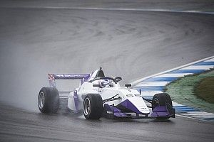 Hockenheim W Series: Chadwick stays on top in wet FP2