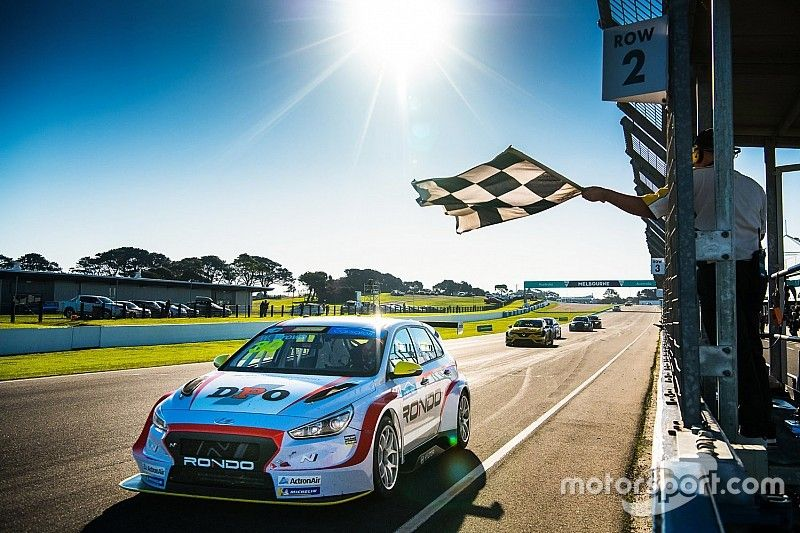 Phillip Island TCR: Brown avoids early drama to win finale