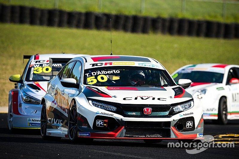 D'Alberto to return to TCR Australia with Honda