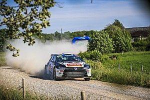 La saetta Oliver Solberg chiude davanti a Lukyanuk l'emozionante Tappa 1 del Rally Liepāja