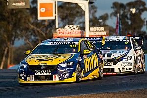 Supercars locks in Winton format