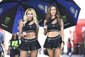A MotoGP gyönyörűséges lányai a Katalán Nagydíjról