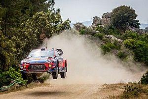 WRC, Rally Italia Sardegna, PS16-17: Mikkelsen prova la rimonta su Evans