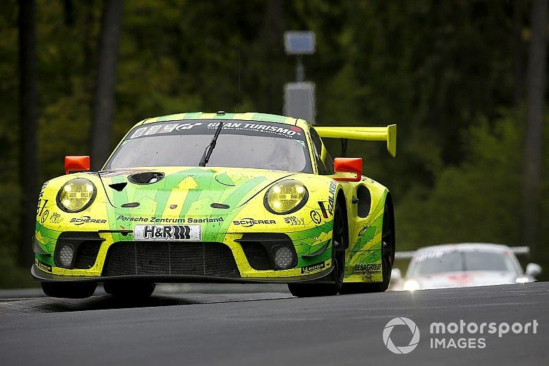 24 uur Nürburgring: Vanthoor brengt Porsche aan kop in Q2