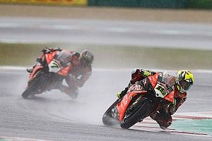 Ducati chce powstrzymać Reę