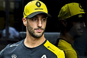 "Ricciardo says he's having ""positive influence"" on Renault"