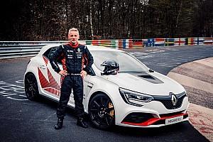 Renault Megane R.S. Trophy-R оновив рекорд Нордшляйфе