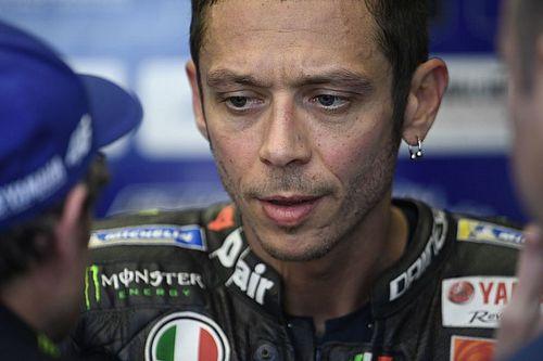 """Após experiência de Dovizioso, Rossi """"prometeu"""" correr no DTM em breve"""