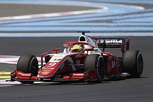 Мик Шумахер не стал винить напарника, который выбил его из гонки на первом круге