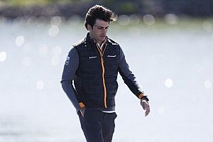 """Sainz: """"No somos el cuarto mejor coche, pero sí el cuarto mejor equipo"""""""