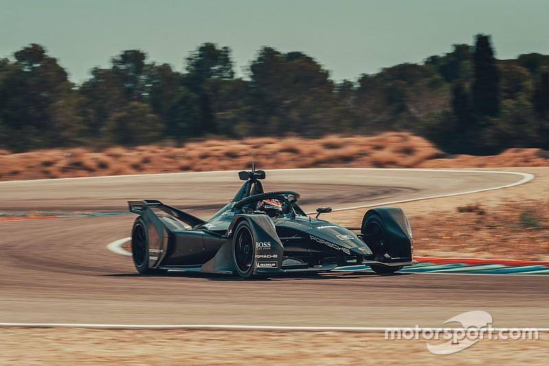 Porsche пригласила Хартли на тесты машины Формулы Е