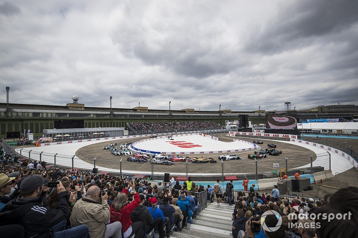Формула Е проведет шесть гонок за девять дней на одной и той же трассе