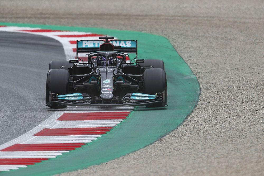 """Hamilton: """"Small progress"""" not enough to overcome gap to Red Bull in Austria"""