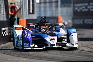 New York E-Prix: Opportunistic Guenther slips past Vergne for victory